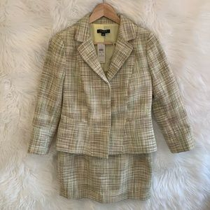 Ann Taylor NWT Tweed Skirt Suit Women's Size 4